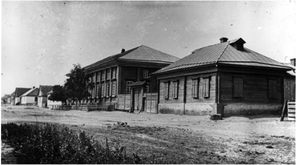 Norka Mitteldorf school and schoolmaster's residence in 1912